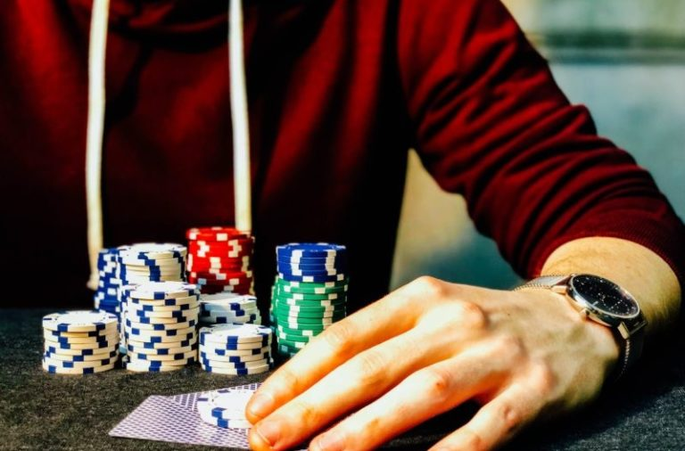 THINGS TO KNOW ABOUT DOWNLOADING ONLINE POKER